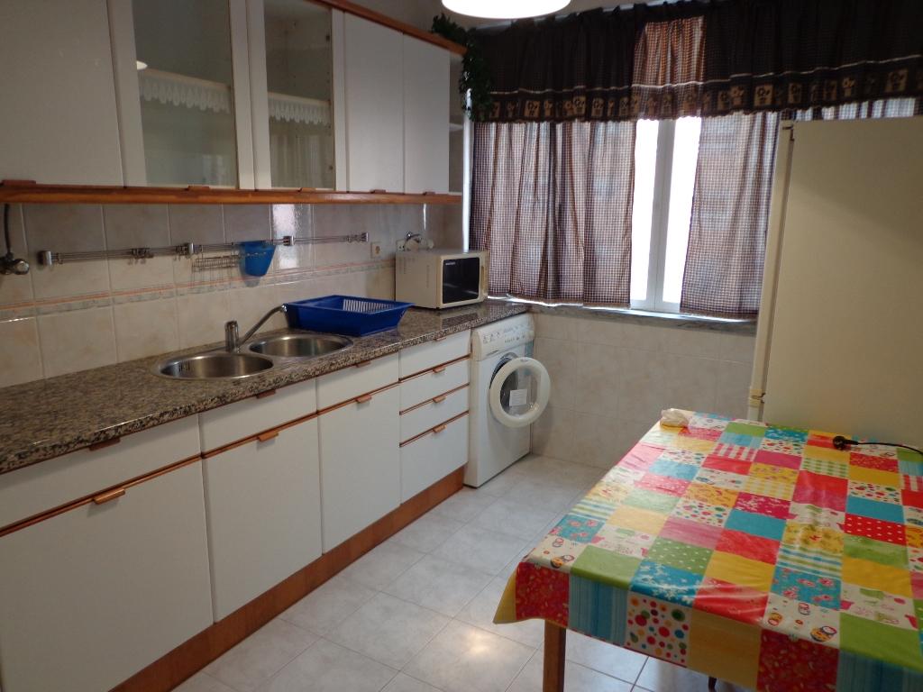 Wohnung 2 Schlafzimmer, Lisboa, Sintra / Verkaufen / 100.000 € / Ref ...